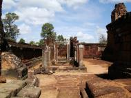 Asisbiz Pre Rup Temple middle courtyard view East Baray Jan 2010 08