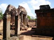 Asisbiz Pre Rup Temple middle courtyard view East Baray Jan 2010 13