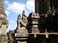 Asisbiz Western side Pre Rup Temple central tower lions East Baray 2010 02