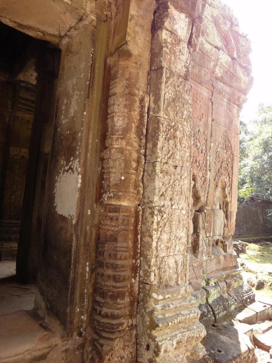 Preah Khan Temple Bas relief column designs Preah Vihear province 03
