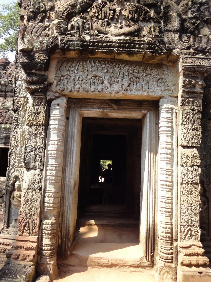 Preah Khan Temple Bas relief column designs Preah Vihear province 04