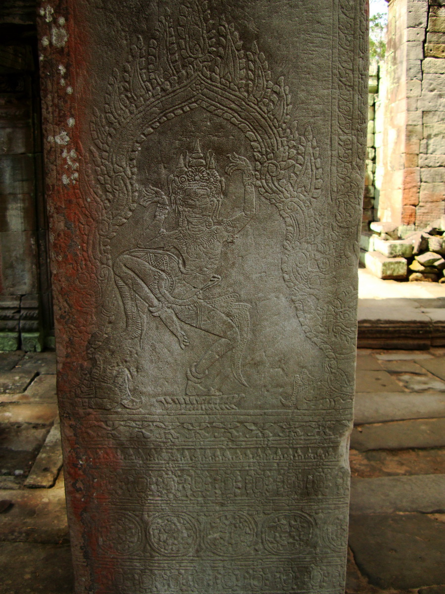 Preah Khan Temple Bas relief dancing Apsaras hall of dancers 12