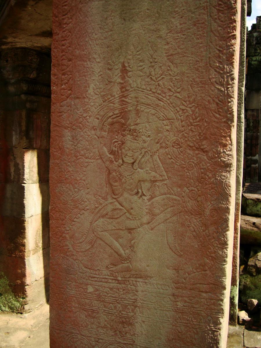 Preah Khan Temple Bas relief dancing Apsaras hall of dancers 15