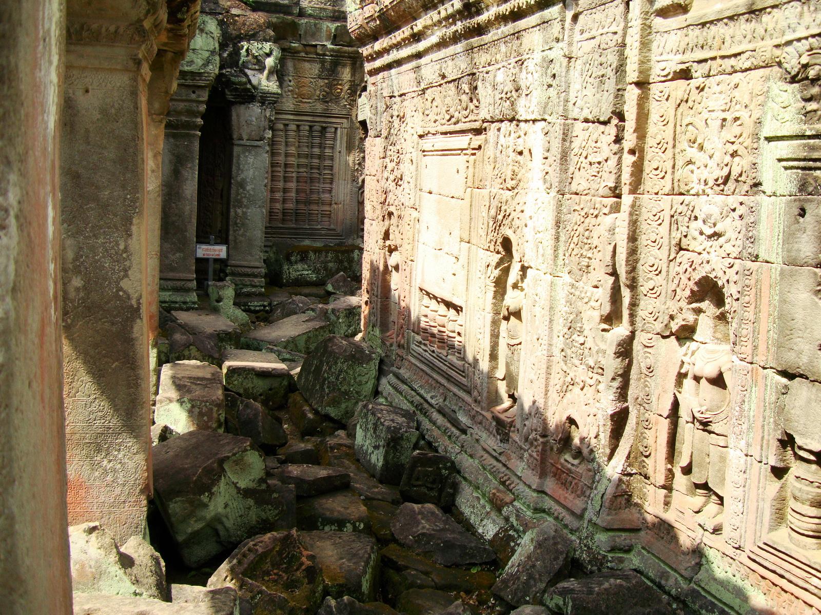 Preah Khan Temple Bas relief false door for the spirits Cambodia 09
