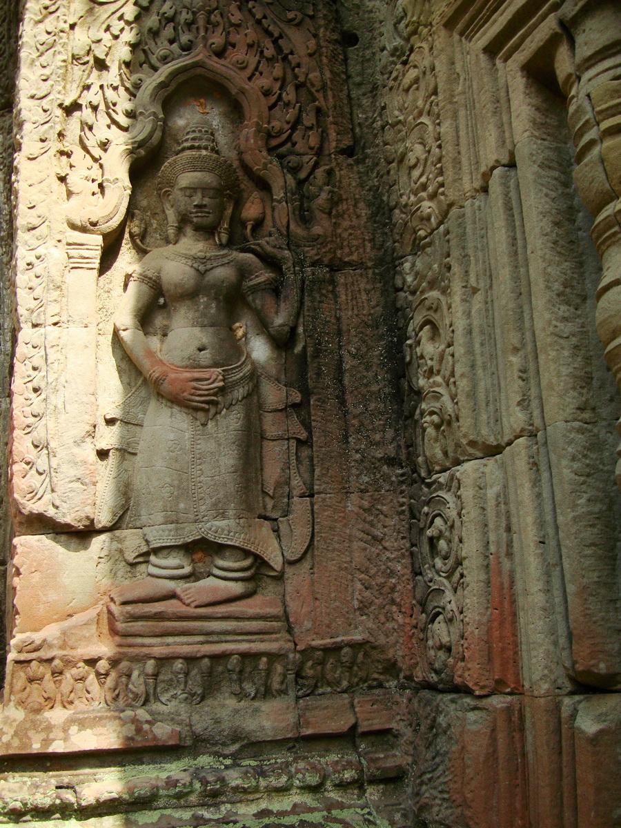 Preah Khan Temple Bas relief female divinty main enclosure 05