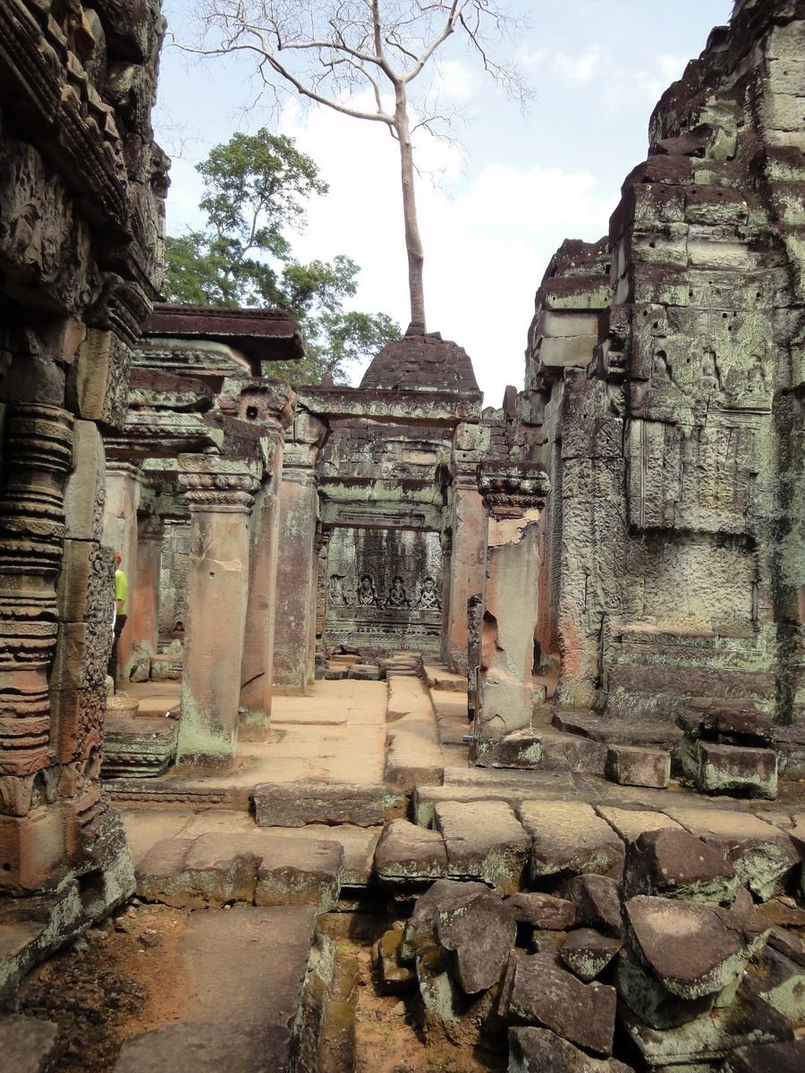 Preah Khan Temple Bas relief hermits in prayer main enclosure 01