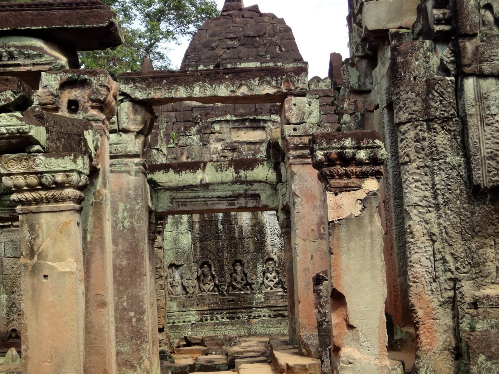 Preah Khan Temple Bas relief hermits in prayer main enclosure 02
