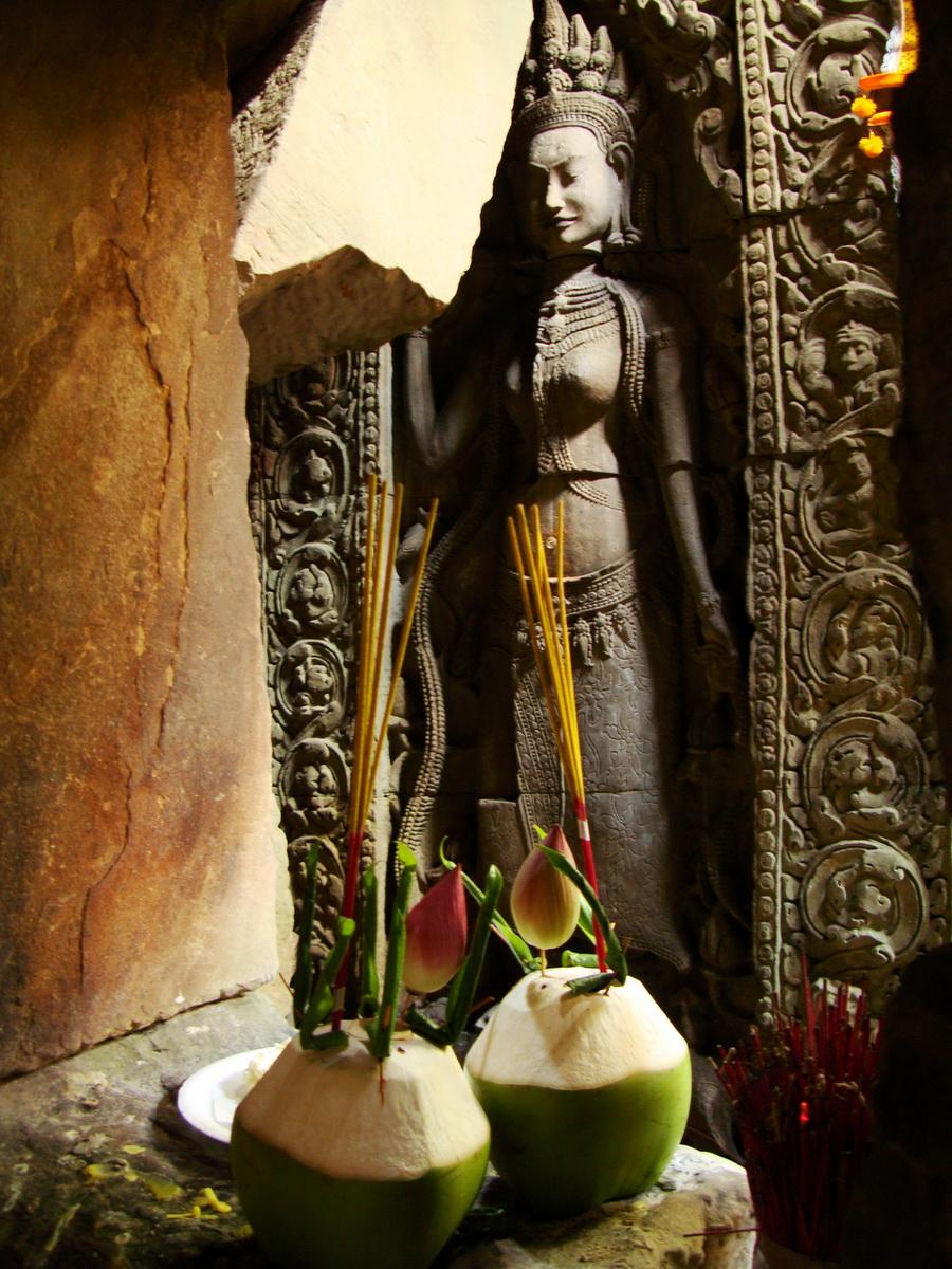 Preah Khan Temple Bas relief main female divinty shrine area 11