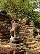 Asisbiz Preah Khan Bas relief 12th ce Khmer Style lion carvings 01