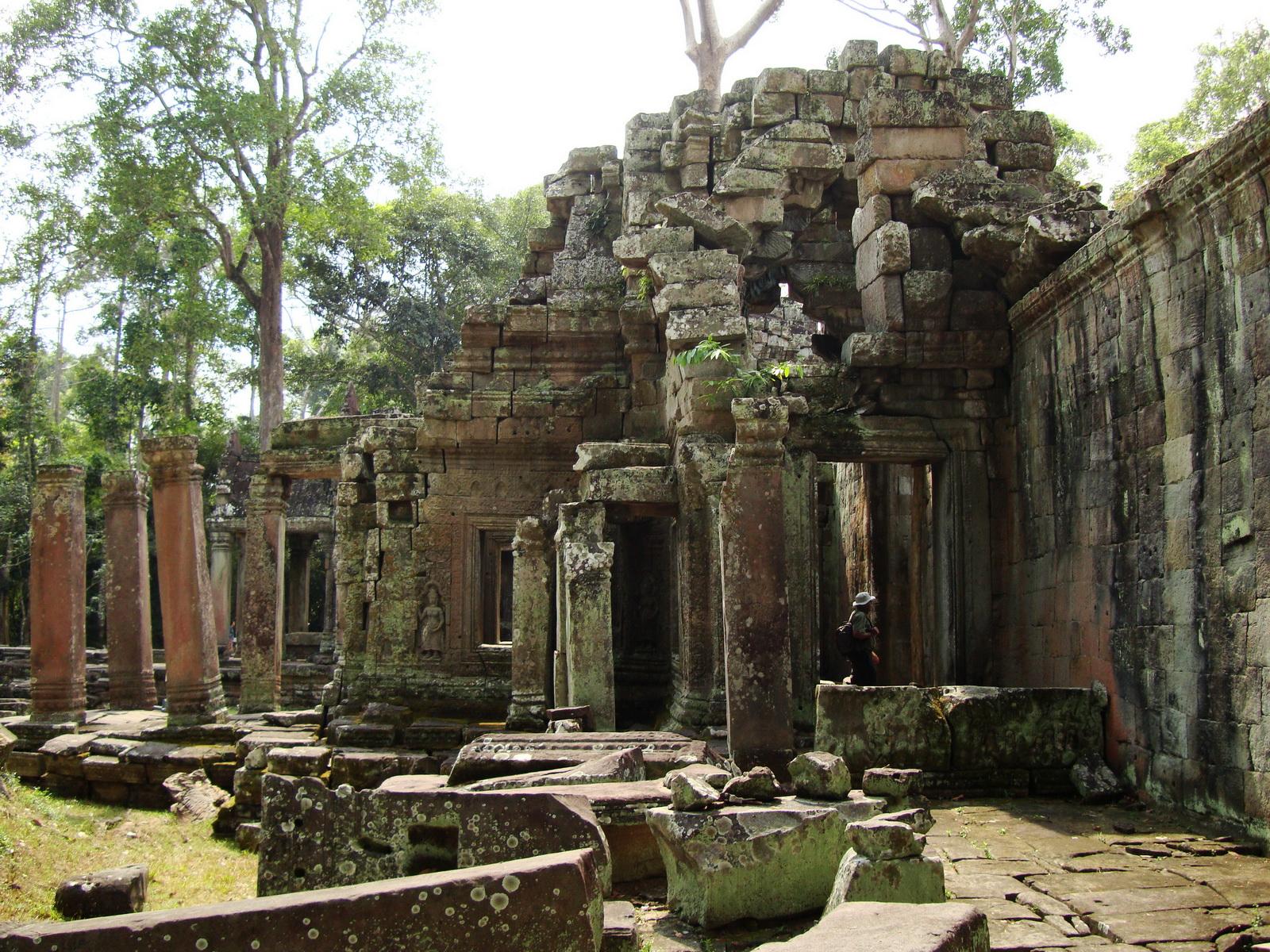 Preah Khan 12th century Khmer Style Eastern Gopura Angkor Thom 03