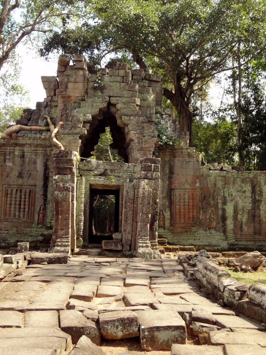 Preah Khan 12th century Khmer Style Eastern Gopura Angkor Thom 07