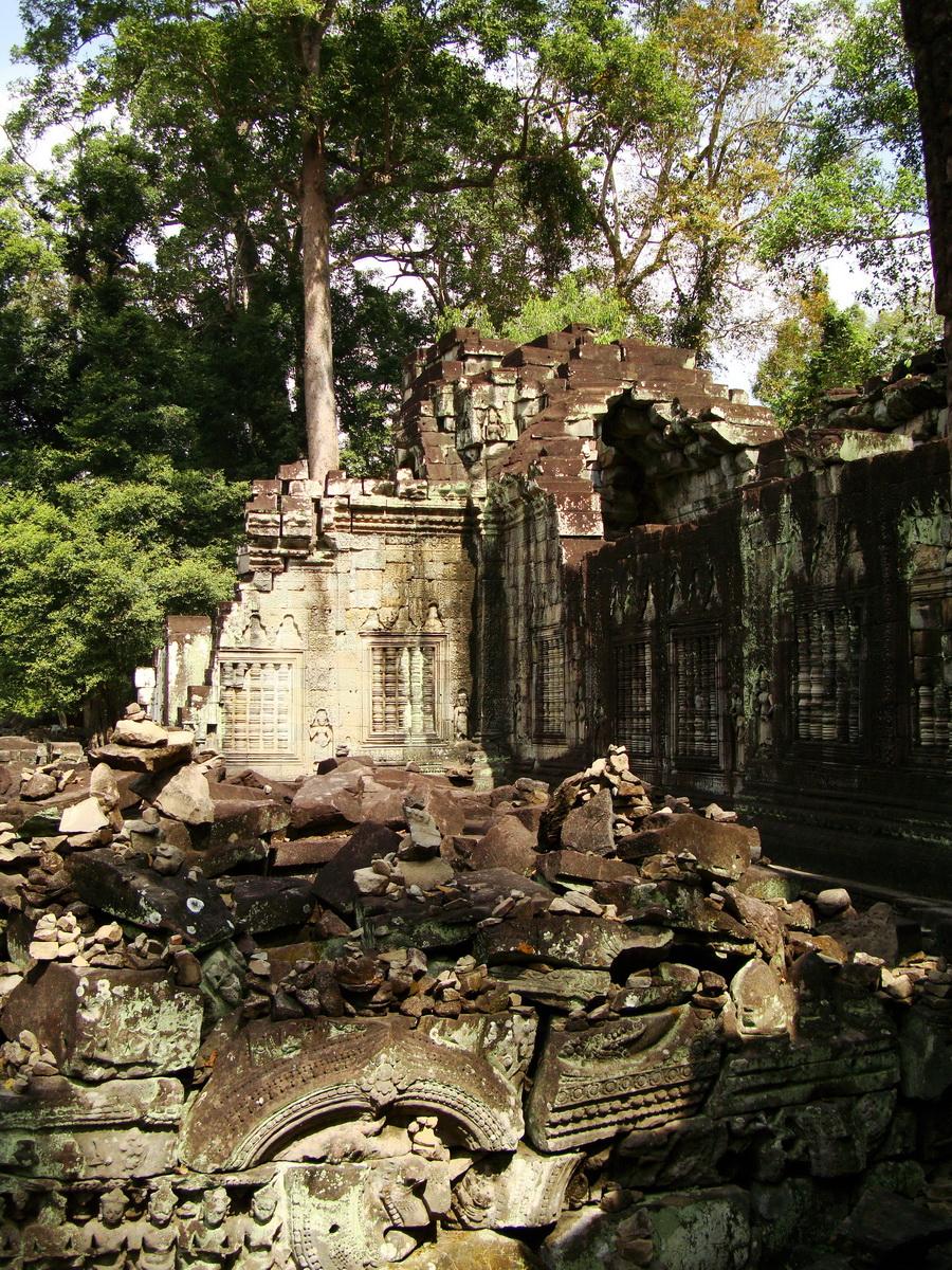 Preah Khan 12th century Khmer Style Eastern Gopura Angkor Thom 16