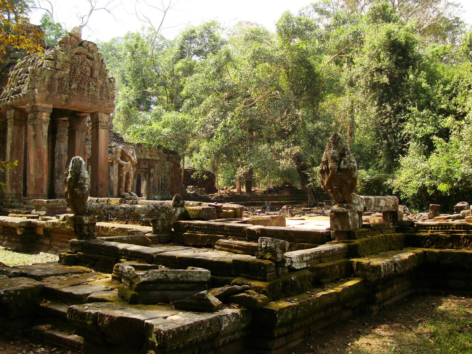 Preah Khan 12th century Khmer Style Northern Gopura Angkor Thom 08