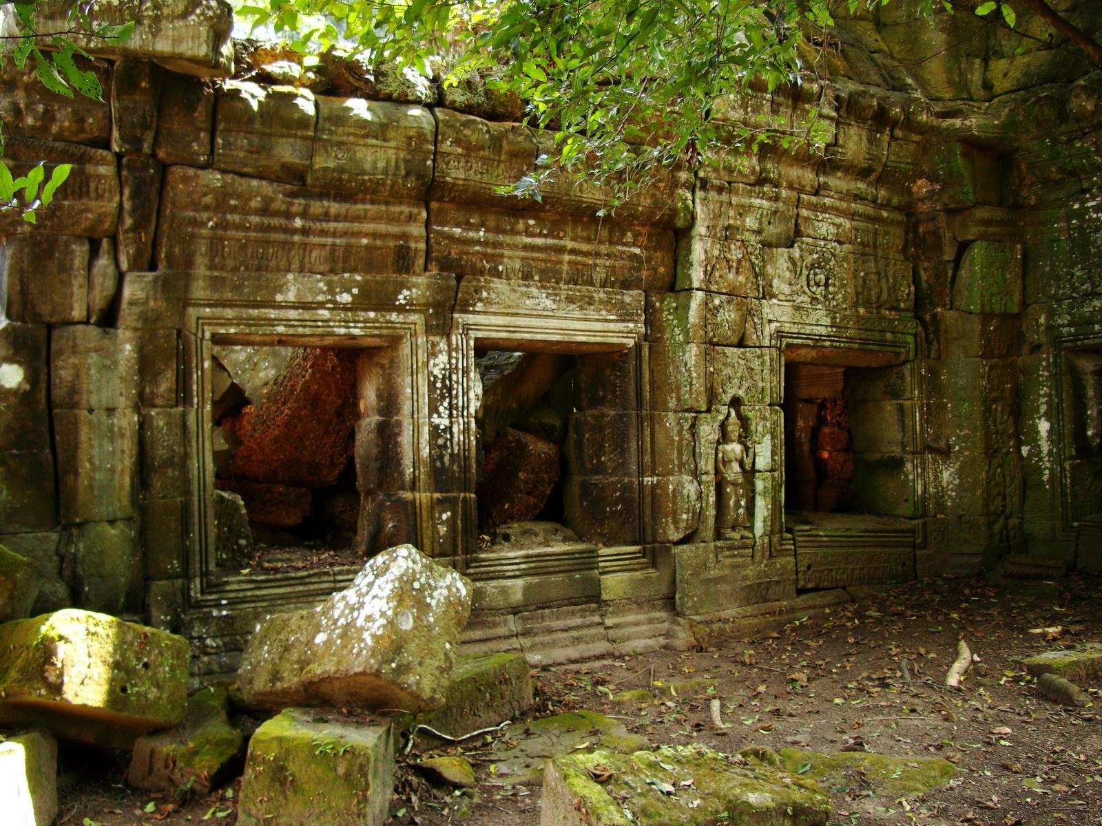 Preah Khan 12th century Khmer Style Southern Gopura Angkor Thom 01
