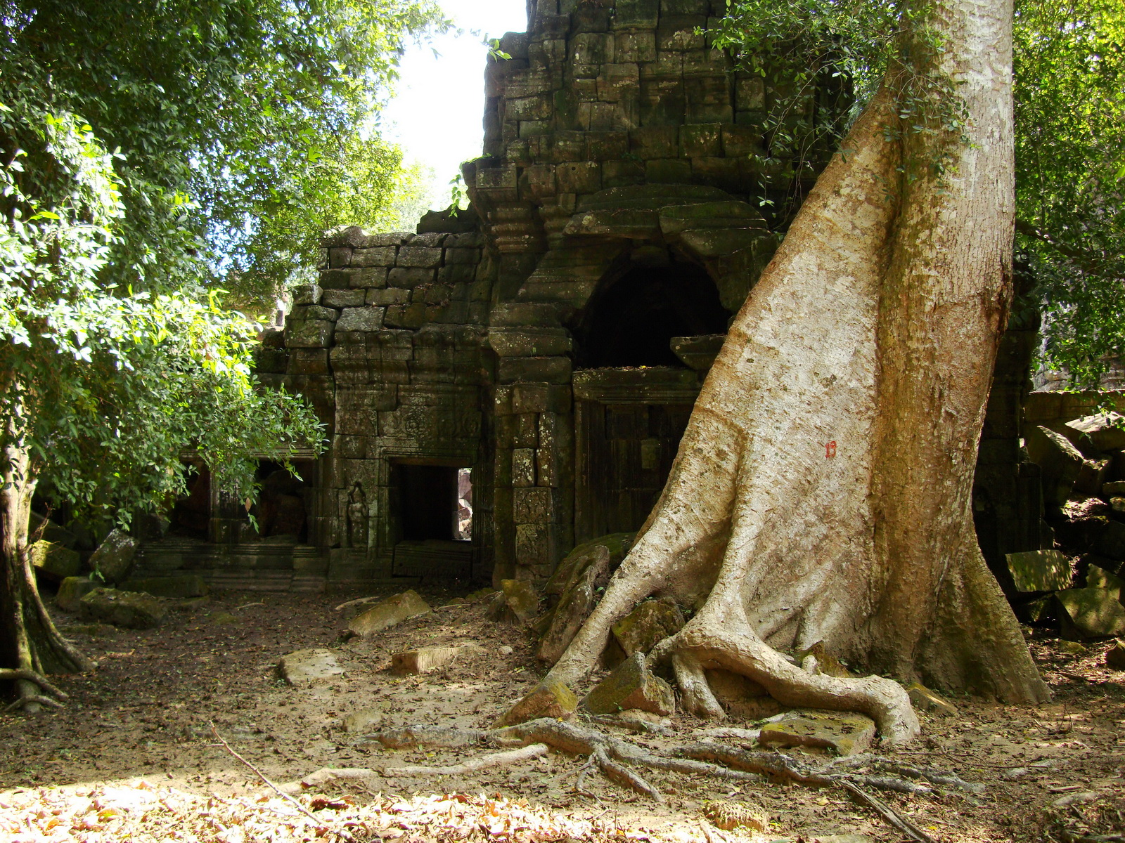 Preah Khan 12th century Khmer Style Southern Gopura Angkor Thom 05