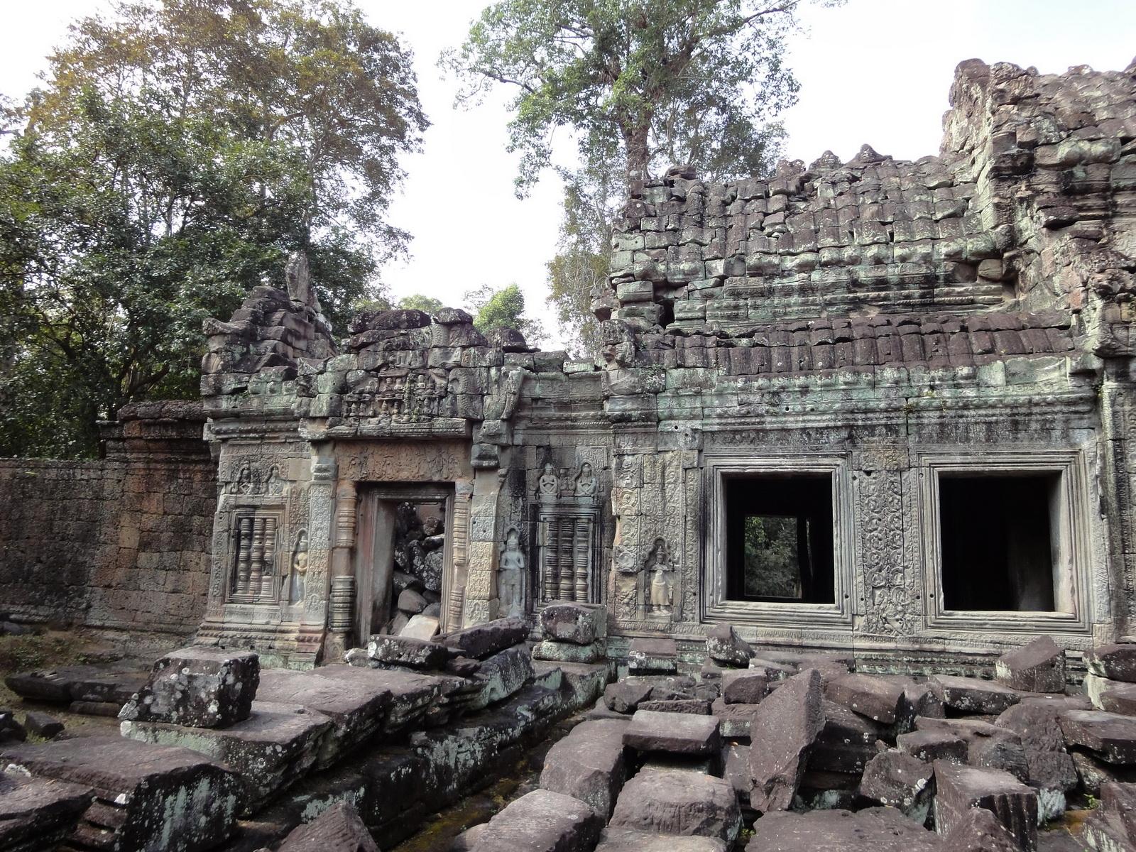 Preah Khan 12th century Khmer Style Western Gopura Angkor Thom 02