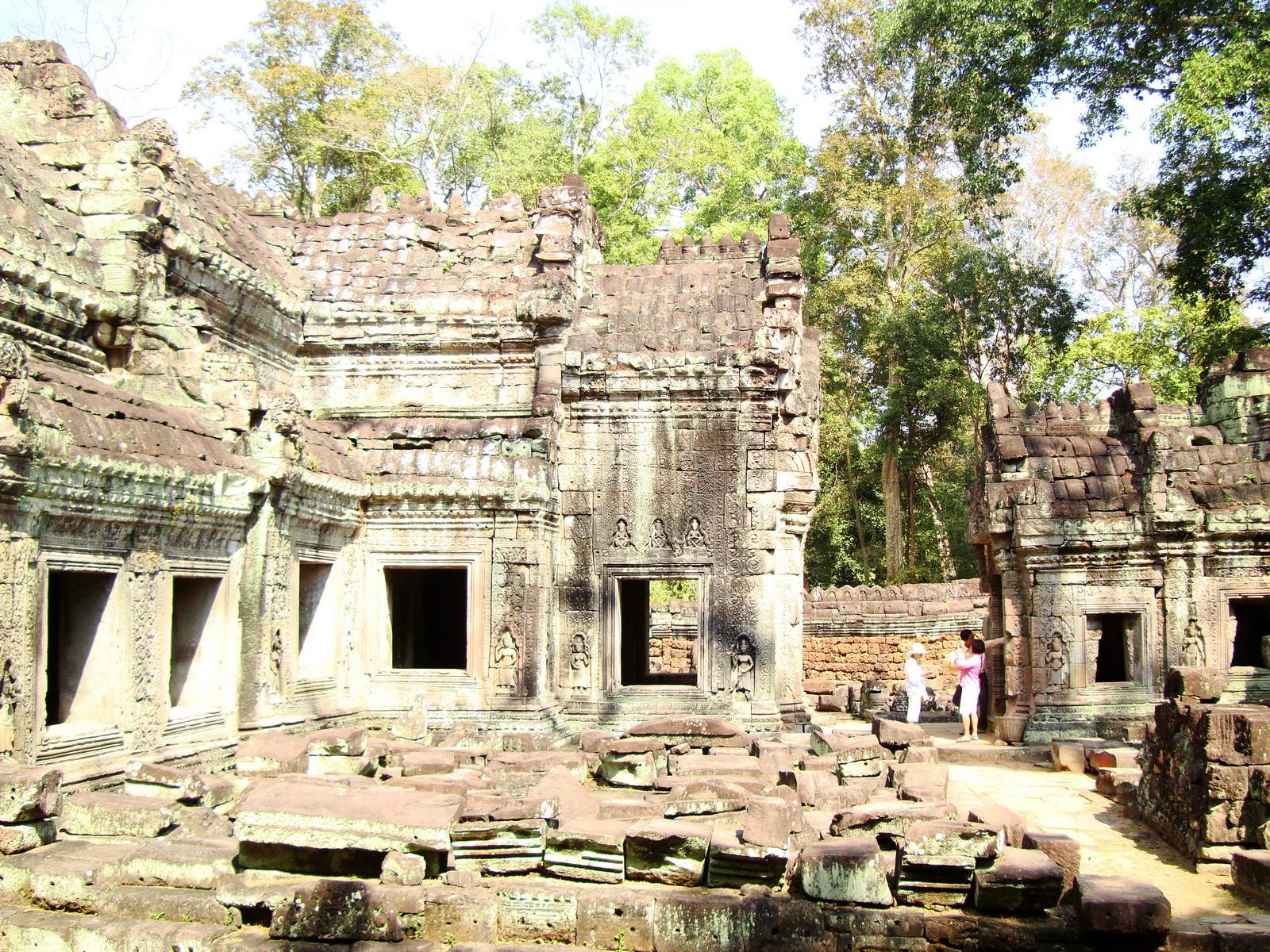 Preah Khan 12th century Khmer Style Western Gopura Angkor Thom 05