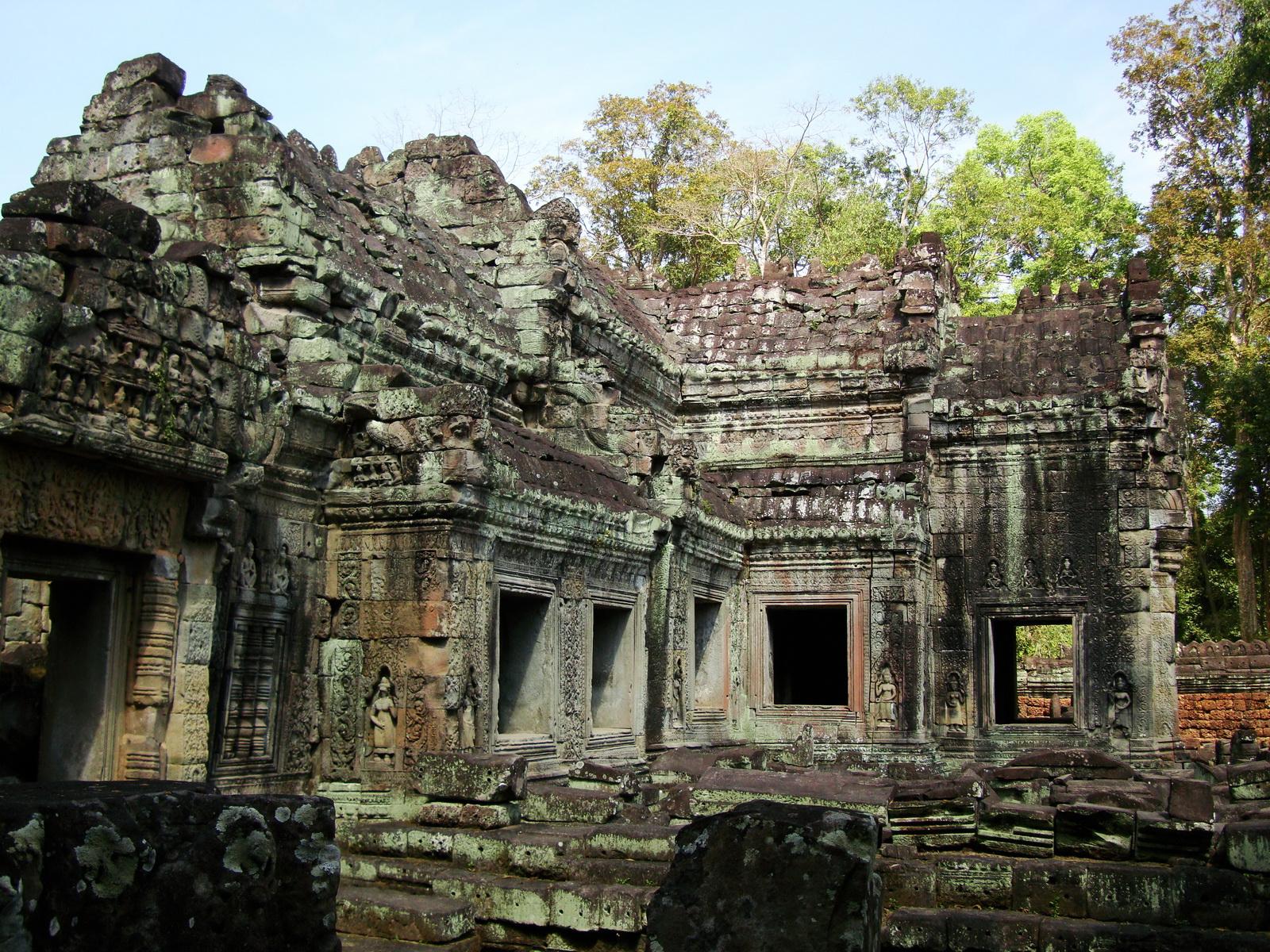 Preah Khan 12th century Khmer Style Western Gopura Angkor Thom 07