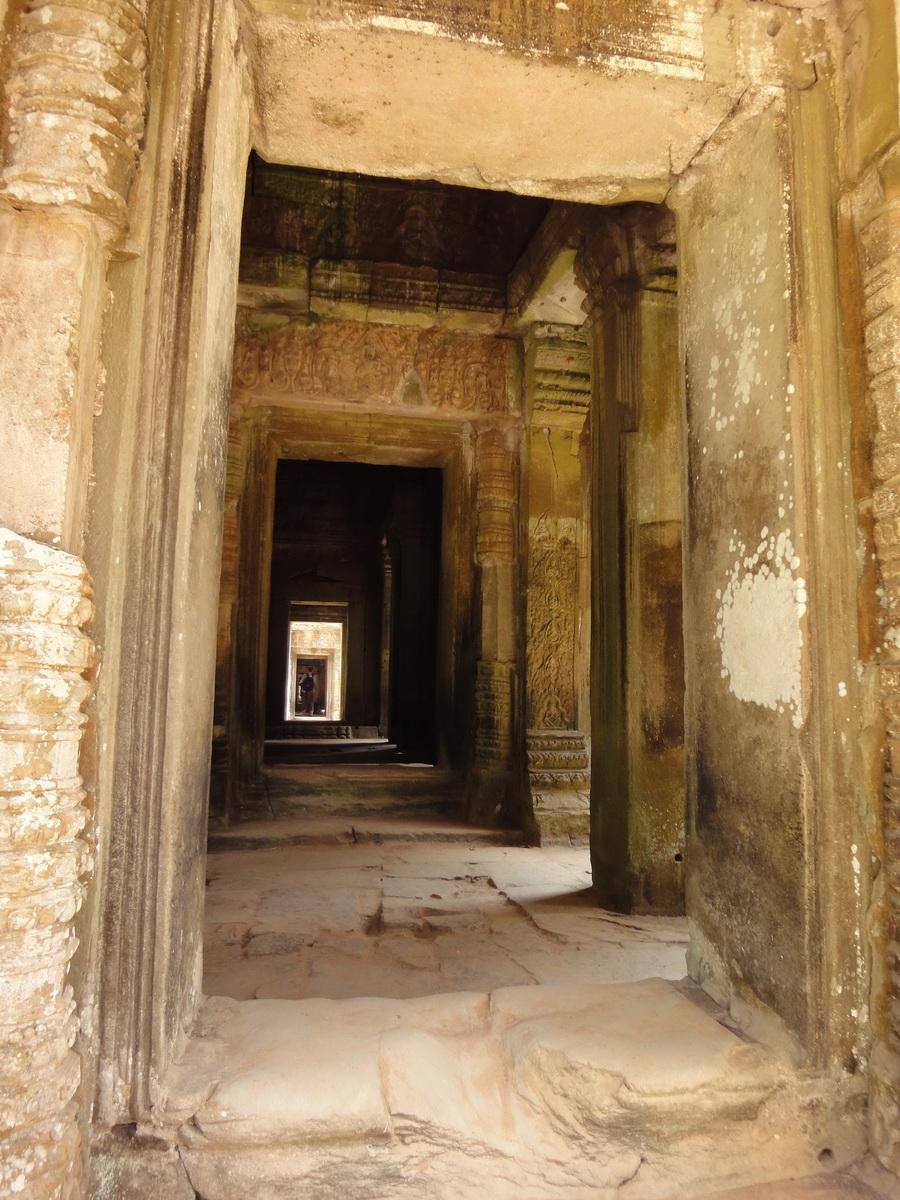 Preah Khan Temple 12th century Khmer Style passageways 01