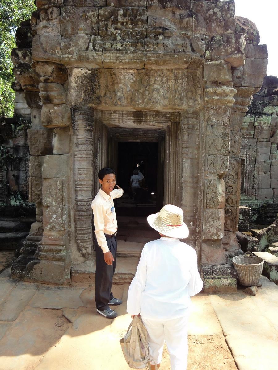 Preah Khan Temple 12th century Khmer Style passageways 04