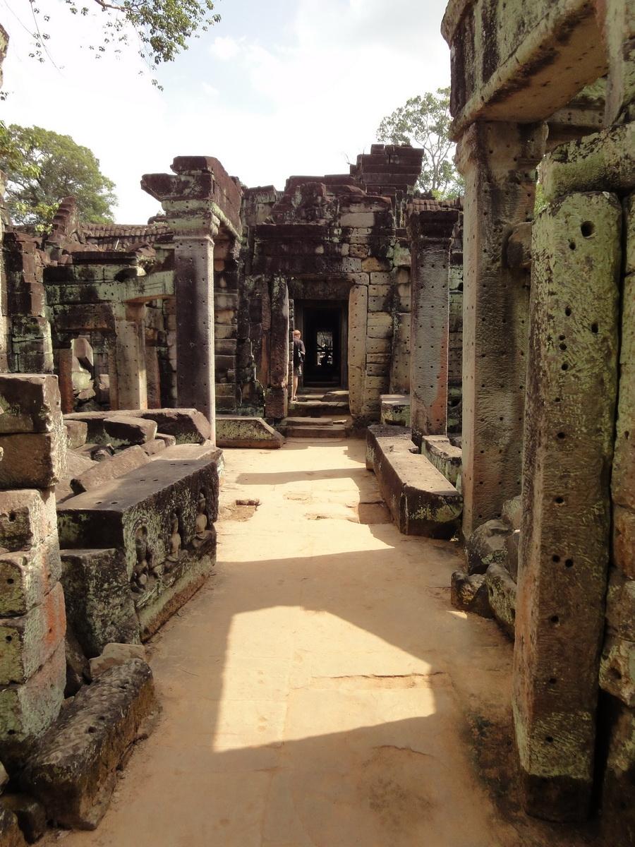 Preah Khan Temple 12th century Khmer Style passageways 05