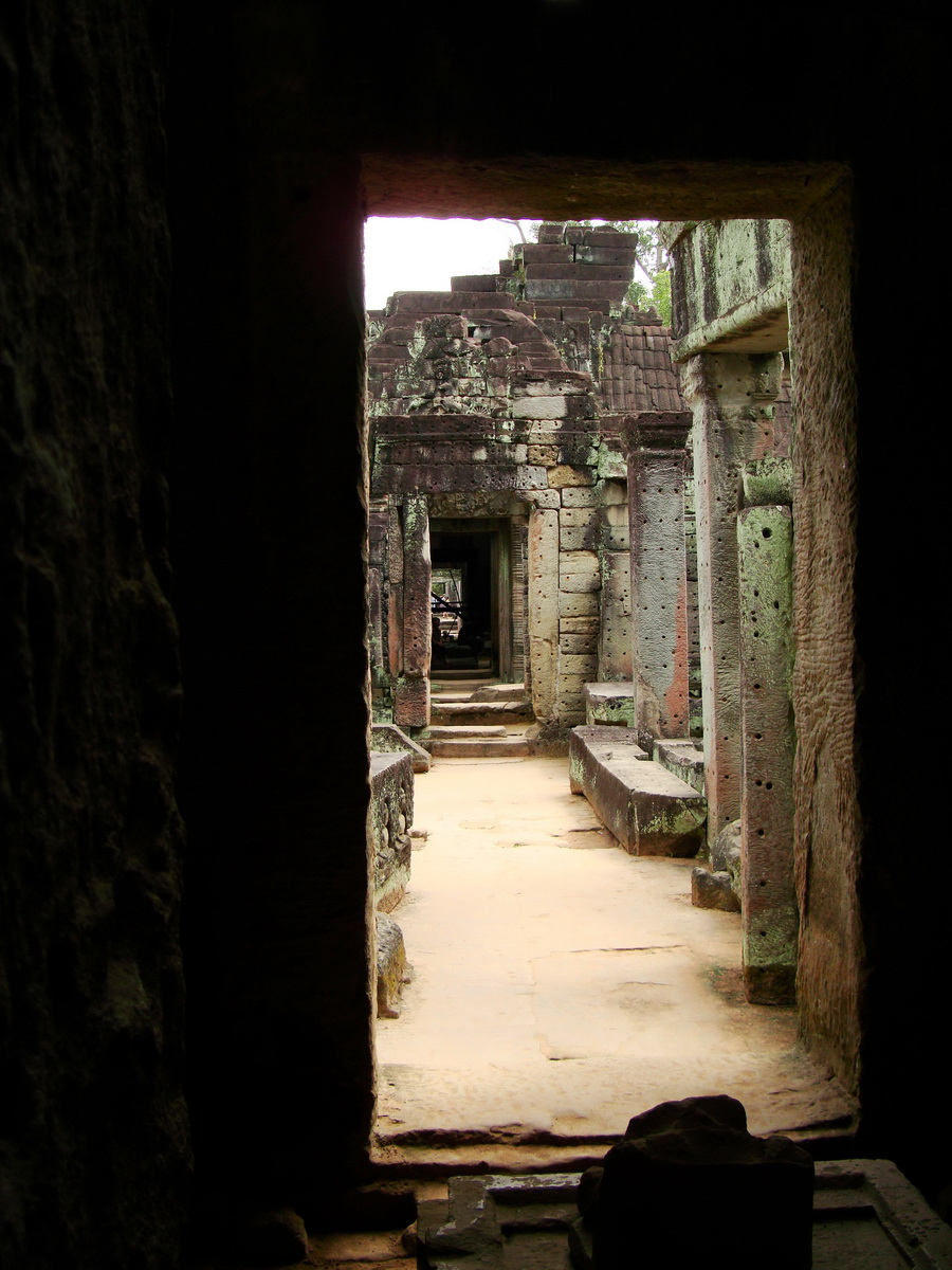 Preah Khan Temple 12th century Khmer Style passageways 14