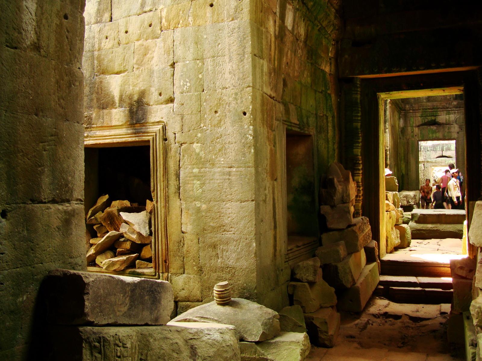 Preah Khan Temple 12th century Khmer Style passageways 17