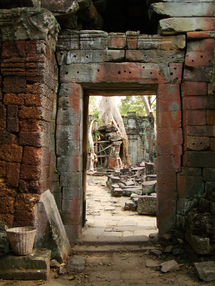 Preah Khan Temple 12th century Khmer Style passageways 22