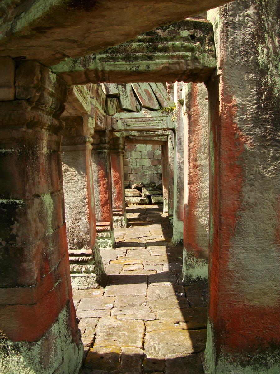 Preah Khan Temple 12th century Khmer Style passageways 28