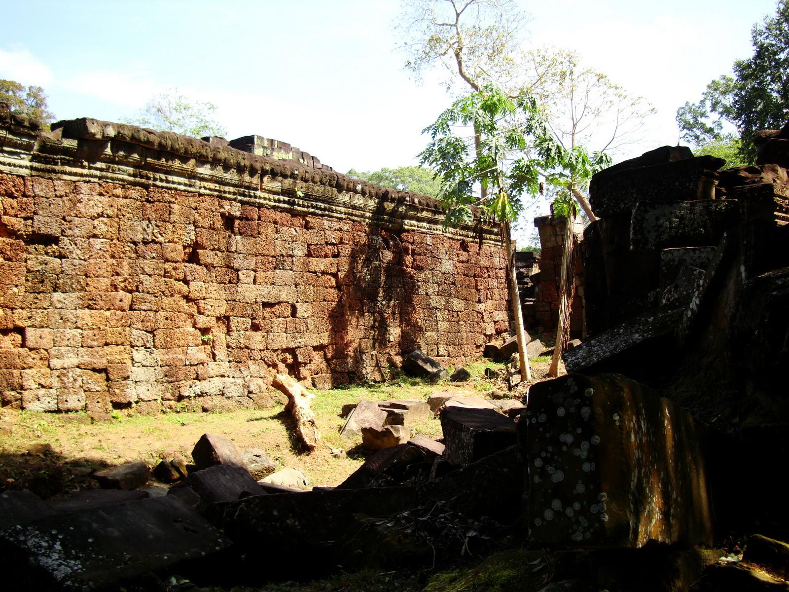 Preah Khan Temple inner laterite walls Preah Vihear province 03