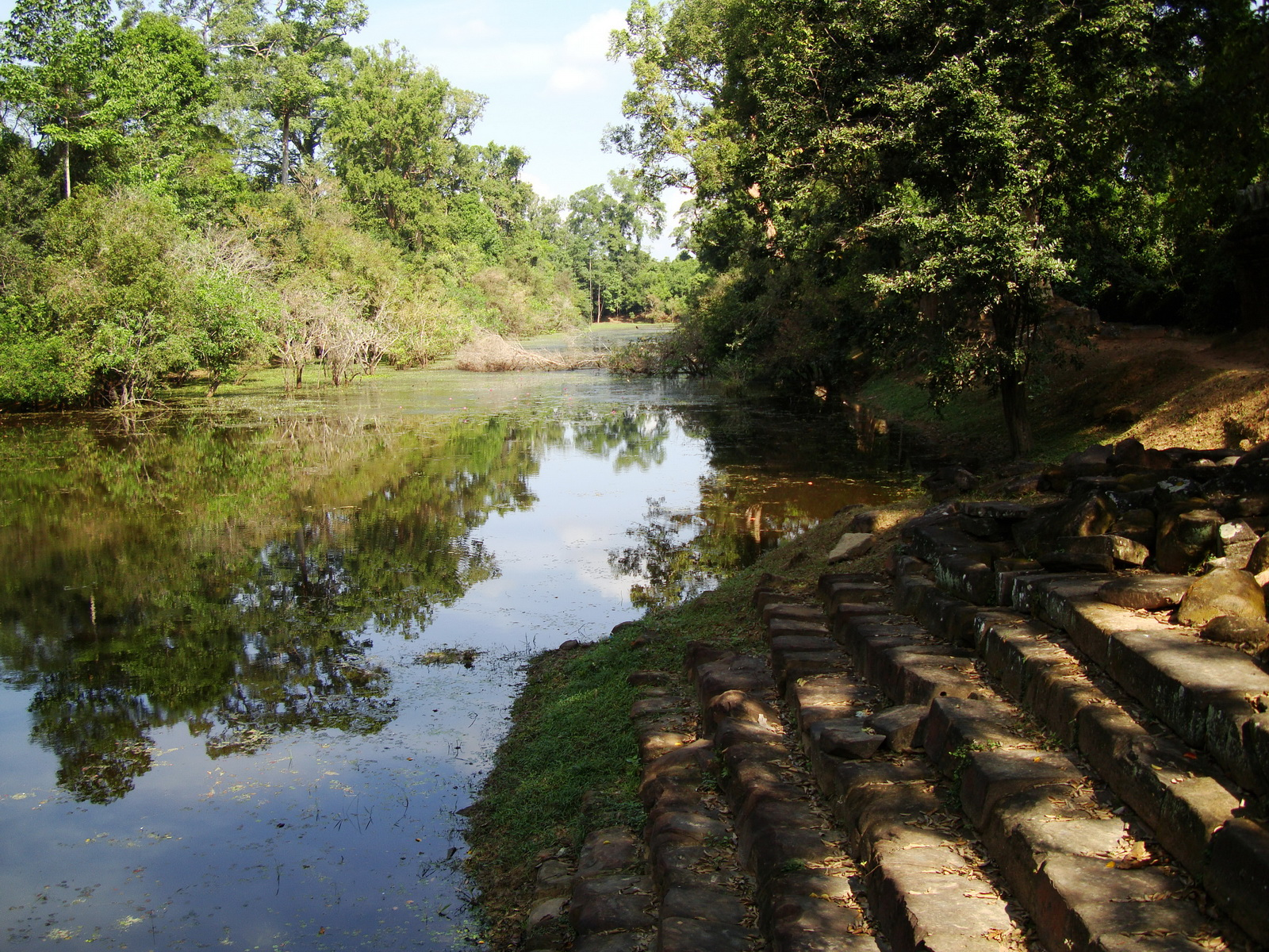 Preah Khan Temple moat west naga bridge Angkor Thom 02