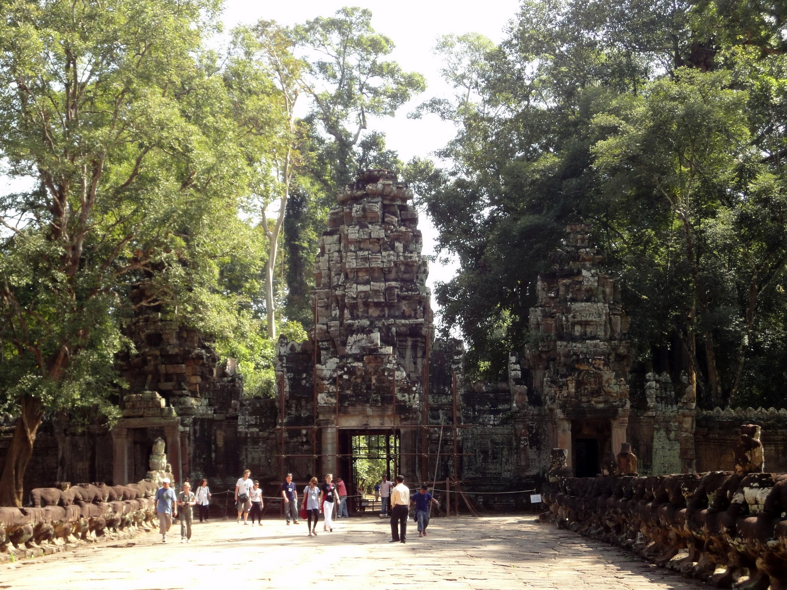 Preah Khan Temple west Gopuram entry tower naga bridge Angkor Thom 01