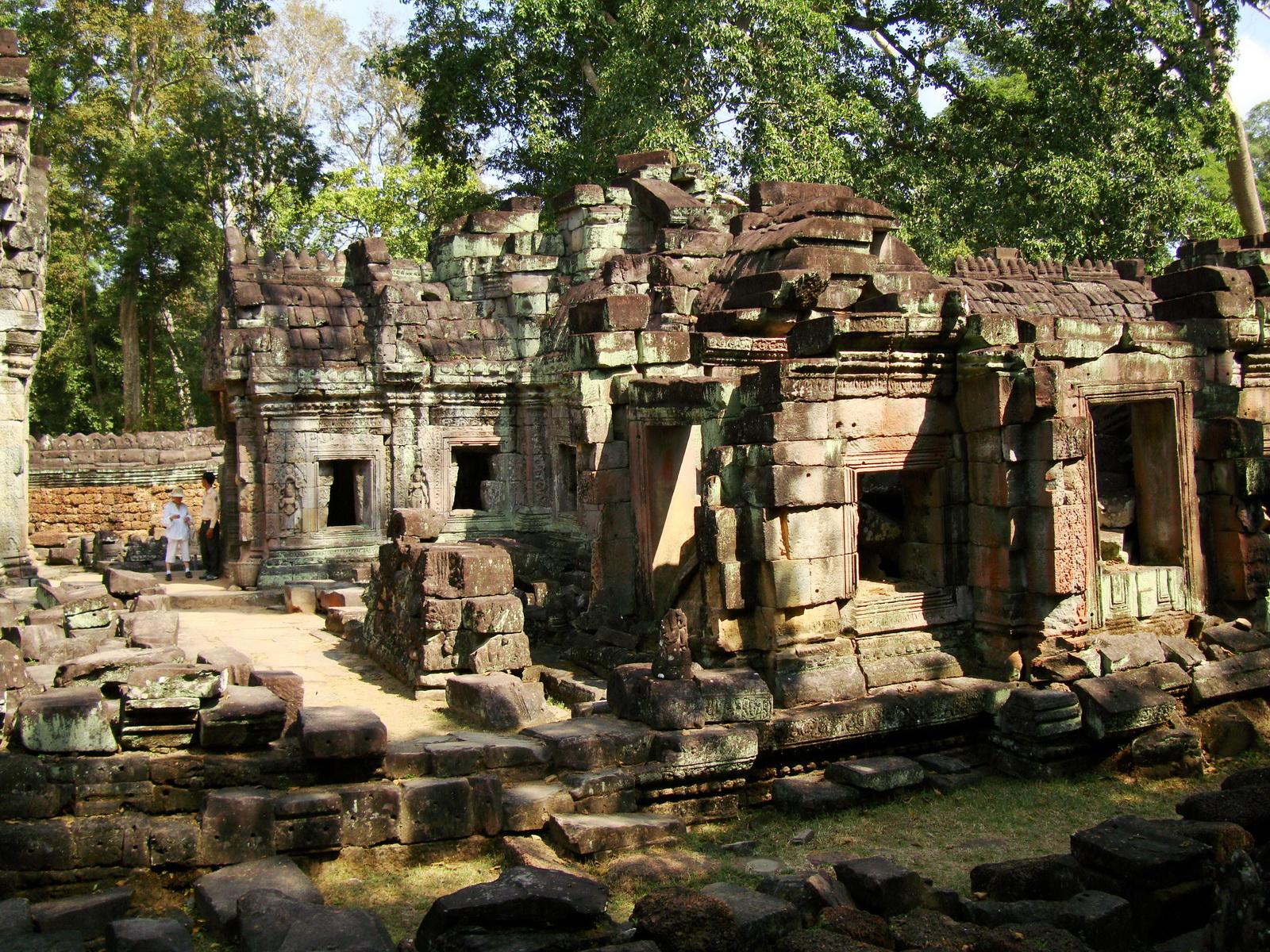 Preah Khan West Vishnu temple Angkor Thom Preah Vihear province 02