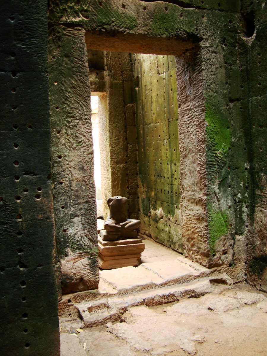 Preah Khan sanctuary headless Buddha Preah Vihear province 01