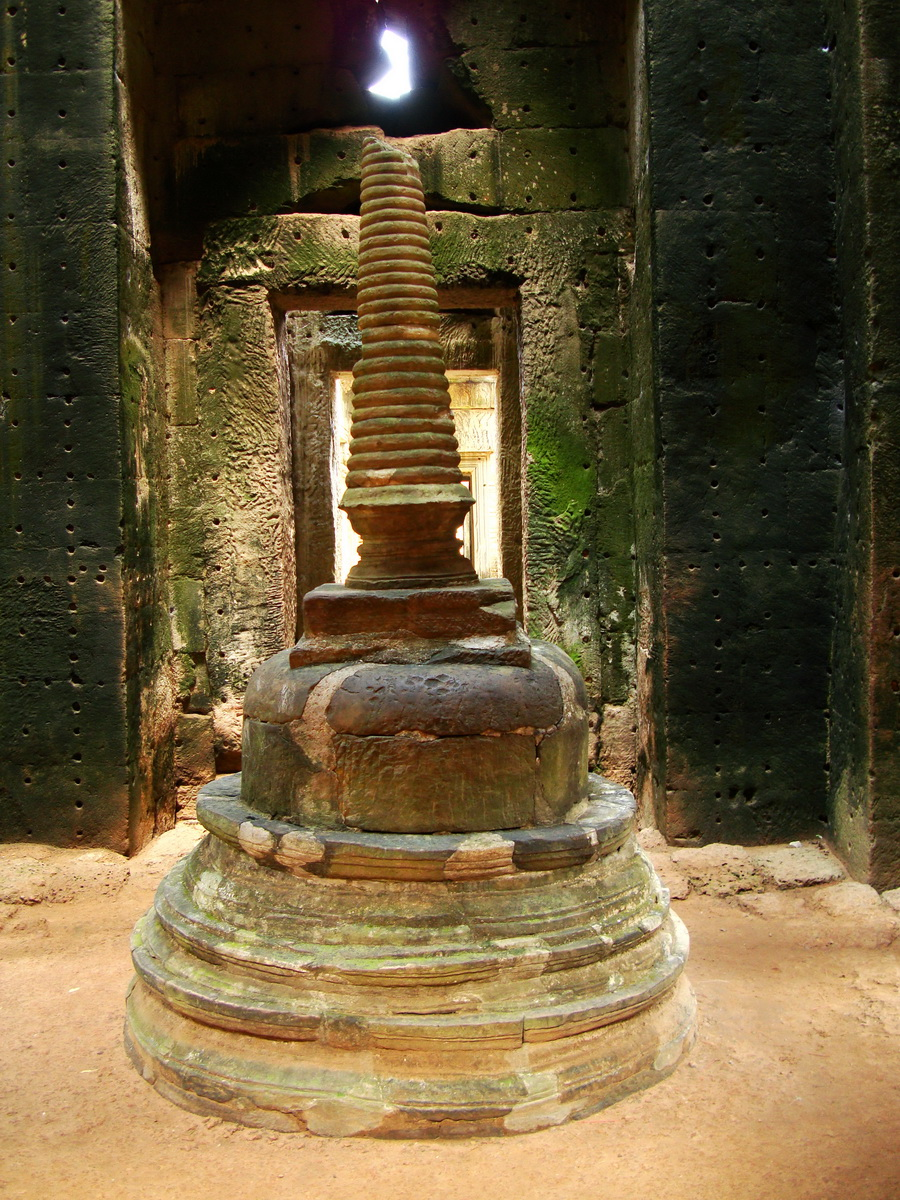 Preah Khan sanctuary stupa Angkor Thom Preah Vihear province 01