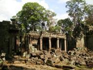Asisbiz Jayavarman VIII destroyed many Buddha images during his reign 13