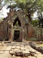 Asisbiz Preah Khan 12th century Khmer Style Eastern Gopura Angkor Thom 07