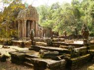 Asisbiz Preah Khan 12th century Khmer Style Northern Gopura Angkor Thom 04