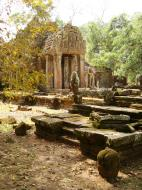 Asisbiz Preah Khan 12th century Khmer Style Northern Gopura Angkor Thom 07