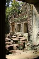 Asisbiz Preah Khan Temple 12th century Khmer Style windows 08
