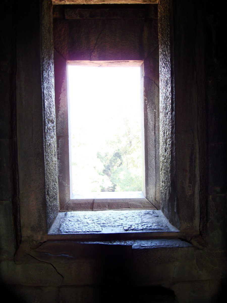 Ta Keo Temple mountain central tower windows Angkor 03