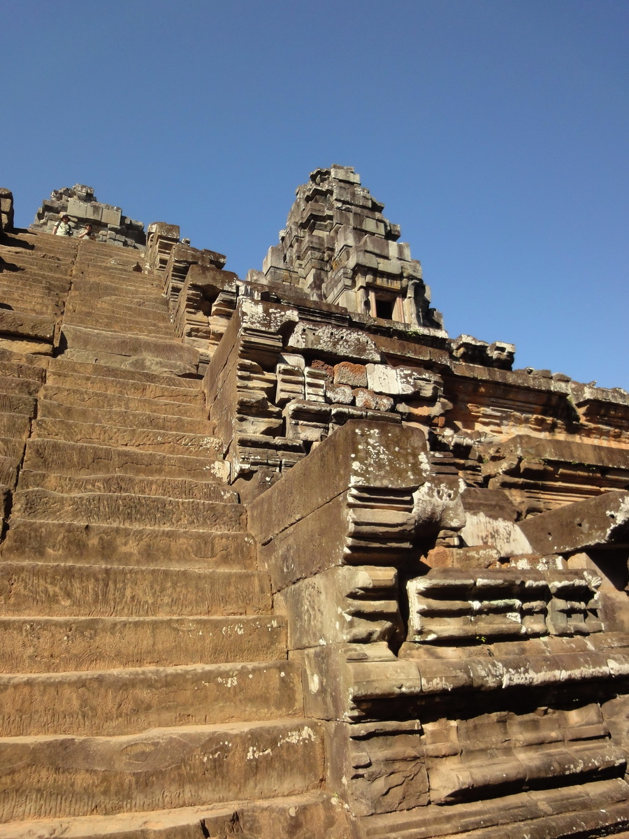 Ta Keo Temple mountain southern entrance stairs Angkor 01