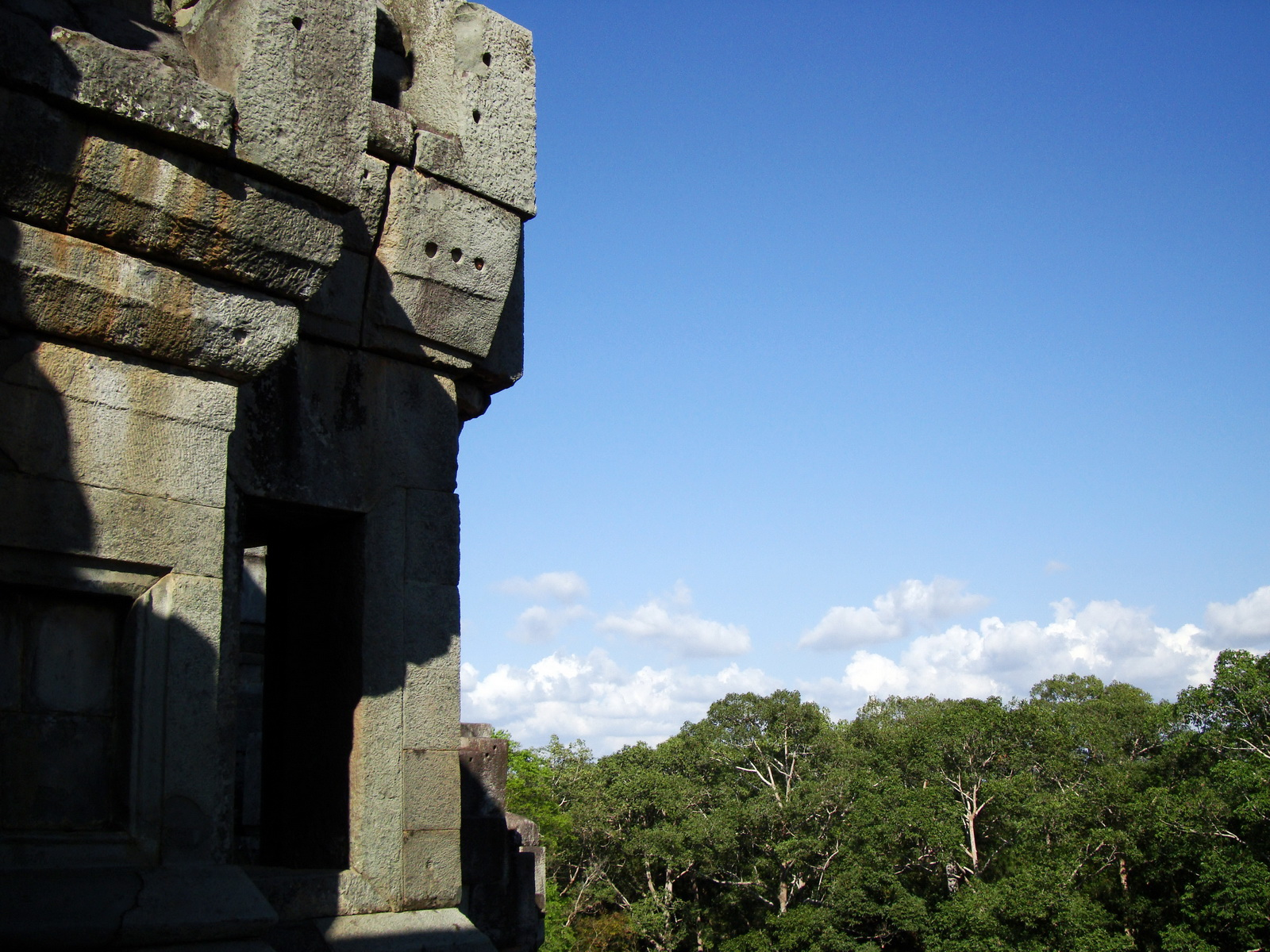 Ta Keo Temple mountain upper terrace SE tower Angkor 10