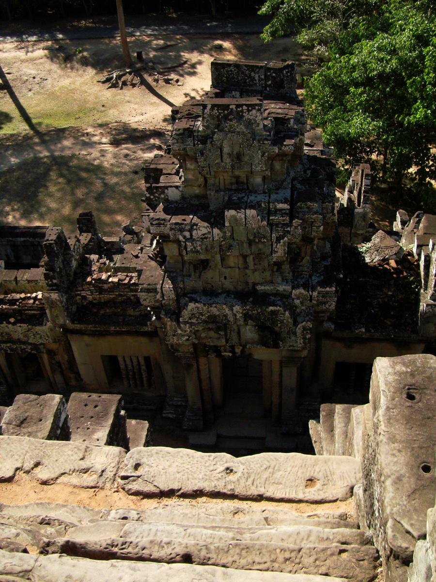 Western Gopura Ta Keo Temple mountain Angkor Siem Reap 01