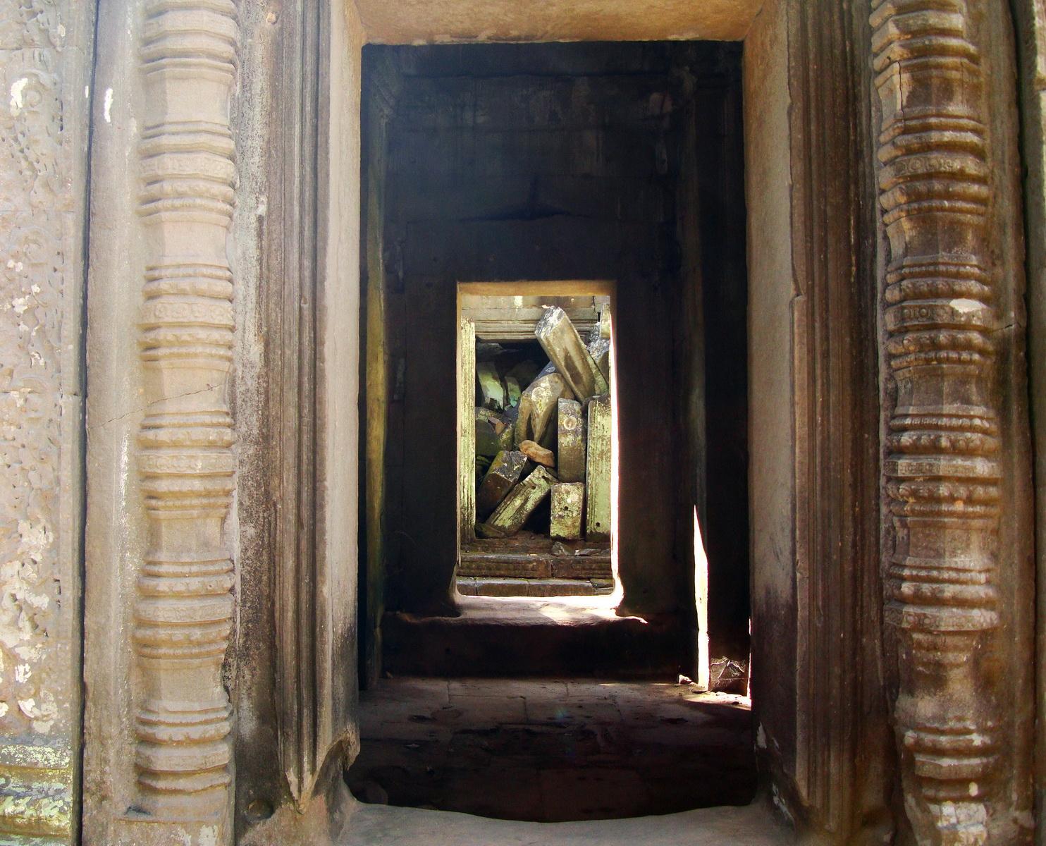 Ta Prohm Temple Rajavihara Tomb Raider third enclosure area 11