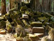 Asisbiz Ta Prohm Temple Rajavihara Tomb Raider fallen masonry 01