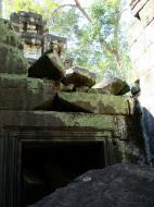 Asisbiz Ta Prohm Temple Rajavihara Tomb Raider fallen masonry 10