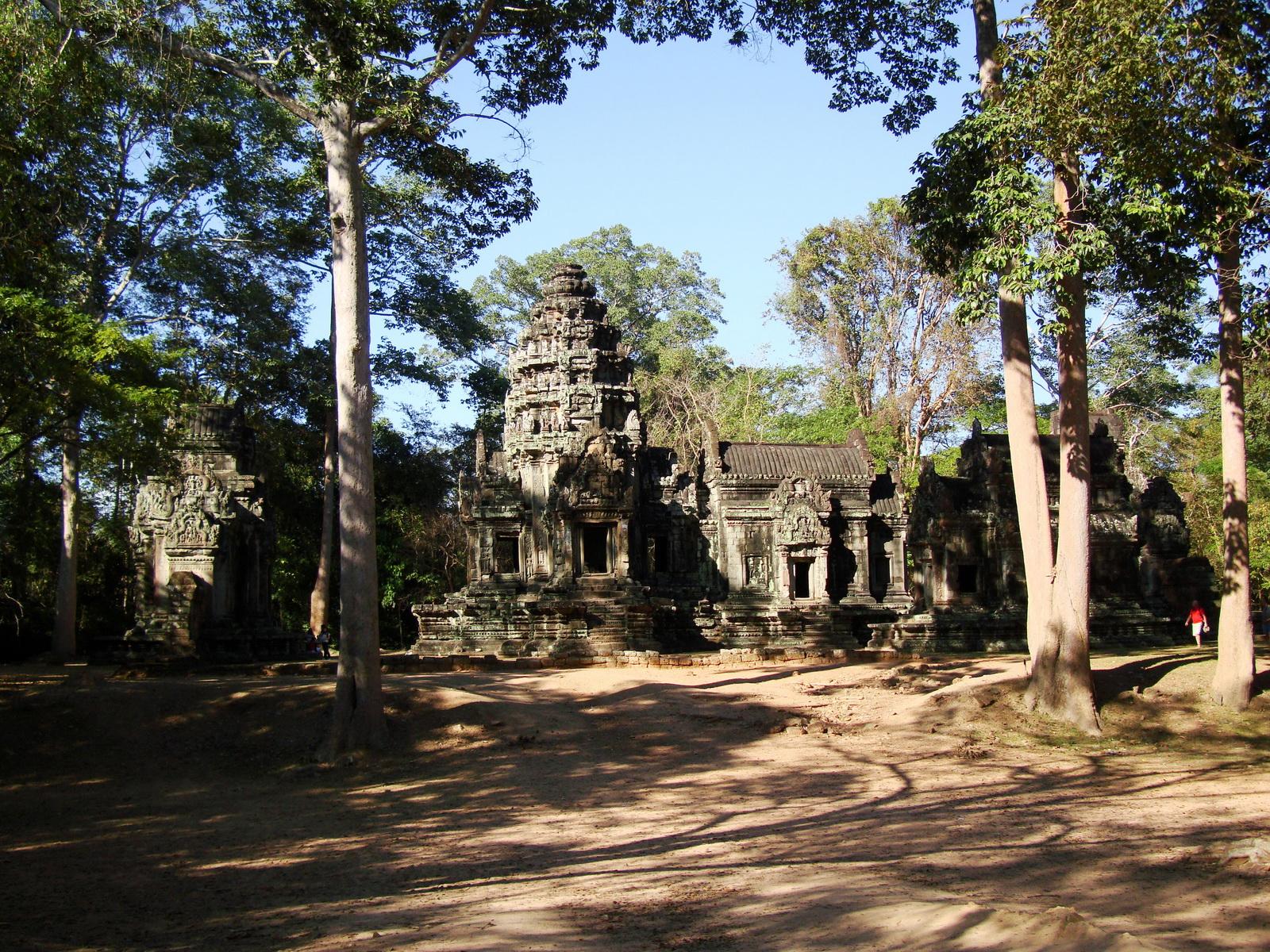 Tamanon Temple Angkor Siem Reap Cambodia Jan 2010 01