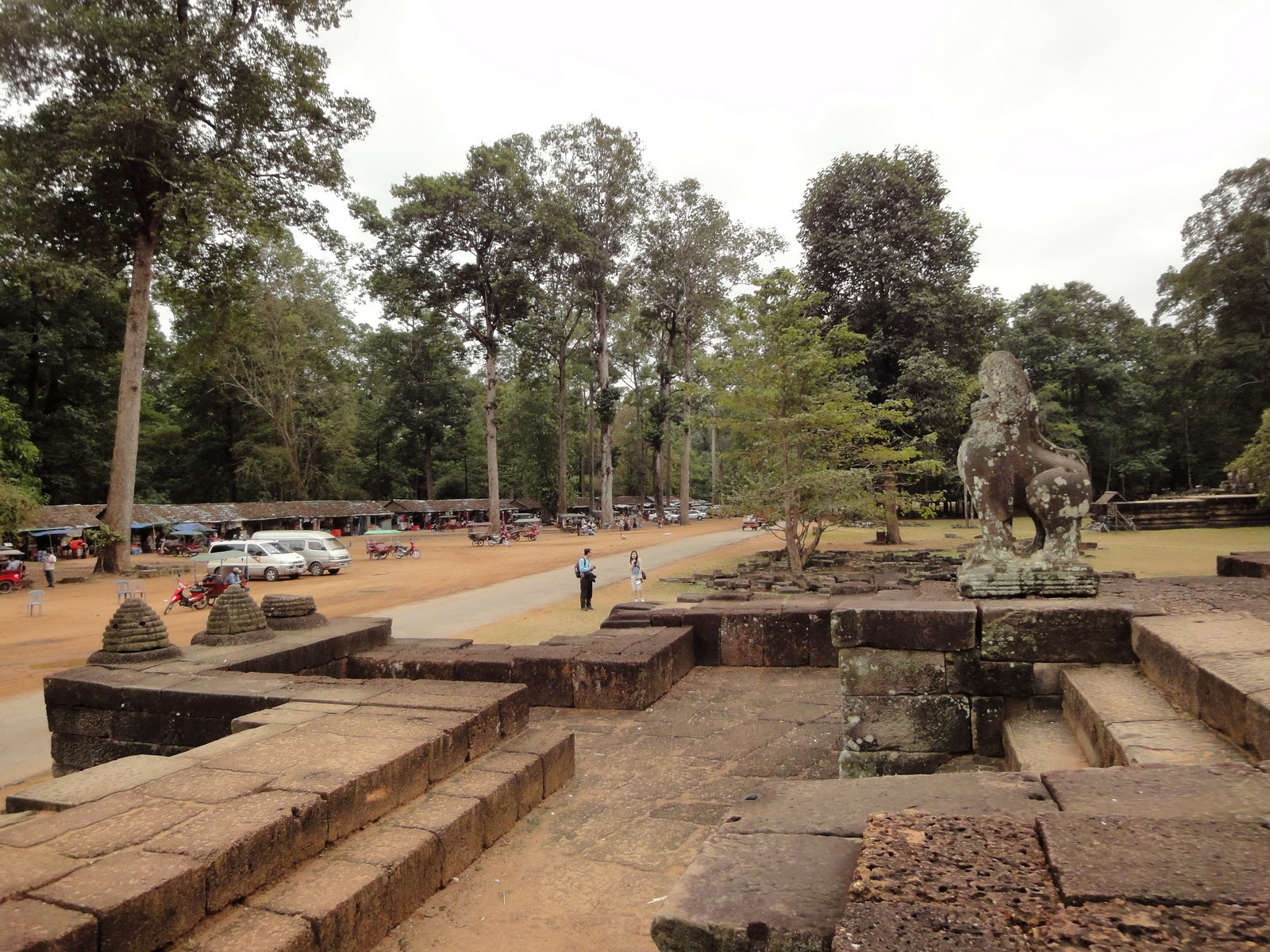 Lion Terrace of the Elephants walled city Angkor Thom 03