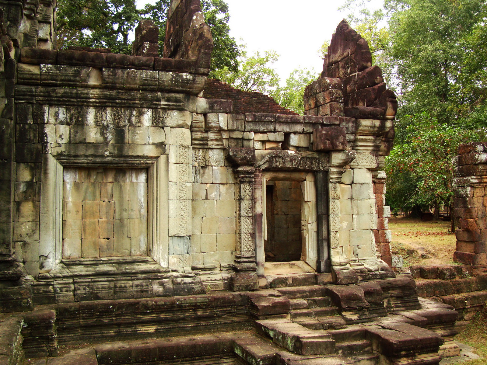 Terrace of the Elephants inner gate Angkor Thom 11